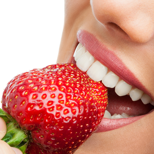 Strawberries And Baking Soda For Whiter Teeth Dr Virginia Lee